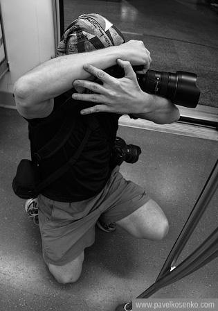 Proper Camera Grip for Handheld Shooting at Slow Shutter Speed